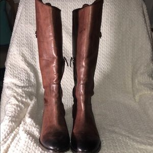 ARTURO CHIANG BROWN LEATHER BOOTS SIZE 7.5